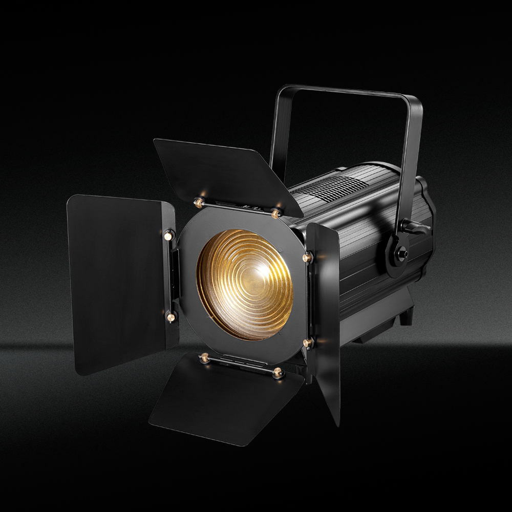studio fresnel light
